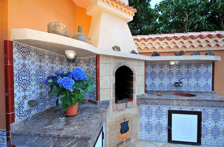 317593-14353-Las-Galletas-Villa_Crop_760_500